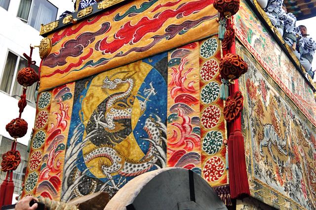 祇園祭の菊水鉾の写真