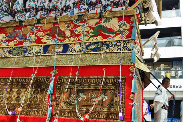 祇園祭の長刀鉾の写真