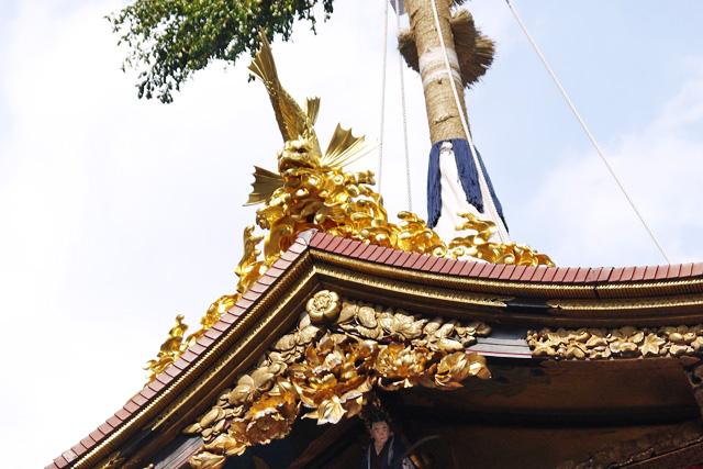 祇園祭の長刀鉾の鯱の写真