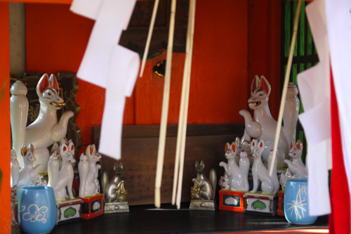 御香宮神社の動物の彫刻の写真