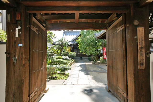 本教寺の写真