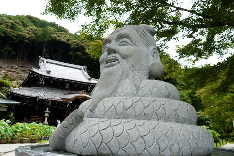 三室戸寺 宇賀神の像